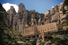 Tour a Montserrat