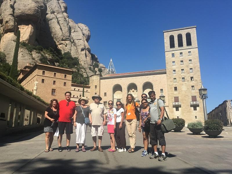 Montserrat y Codorníu Bodegas de Cava