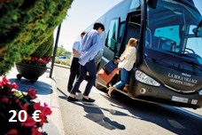 Bus to La Roca Village – the best shopping trip