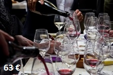 Wine tasting experience with tapas in Barcelona