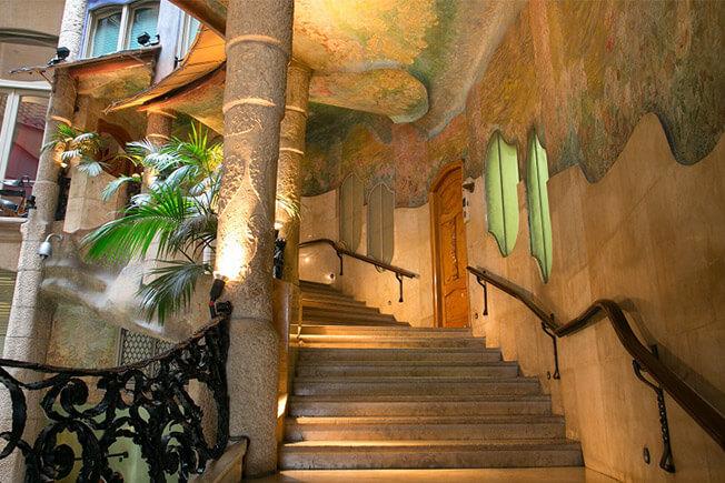 Gaudí Plus tour: Park Güell y La Pedrera (Casa Milà)